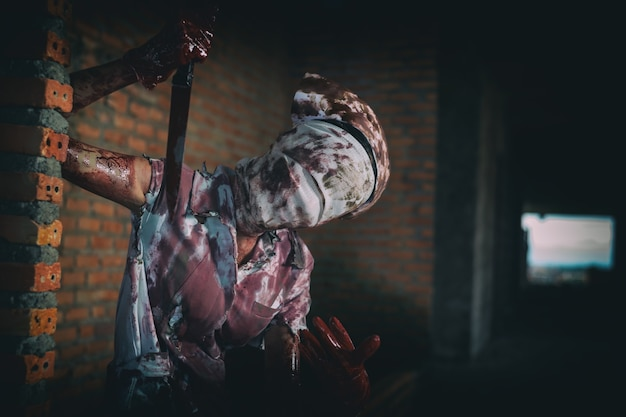 Zombie womanhorror ha sparato alla spaventosa malvagia infermiera pazza dottorepsychosis womanhalloween tema scuro