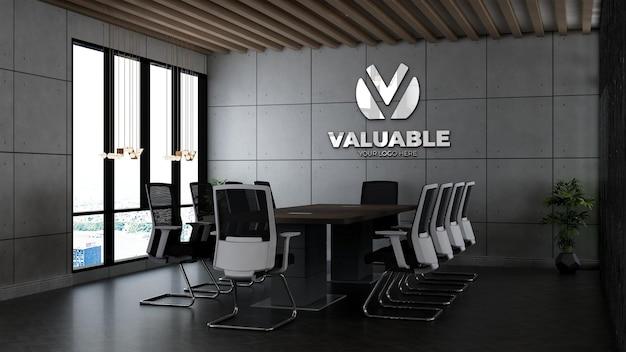 Modello 3d del logo aziendale nella sala riunioni dell'ufficio con interni di design industriale
