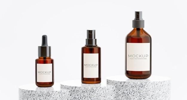 Rendering 3d della collezione di flaconi per cosmetici su marmo del podio per la visualizzazione del tuo prodotto