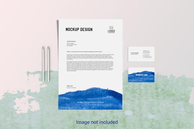 Carta intestata di pagine a4 e mockup di biglietti da visita