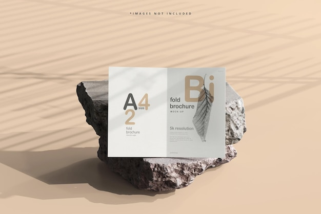Brochure pieghevole in formato a4 mockup