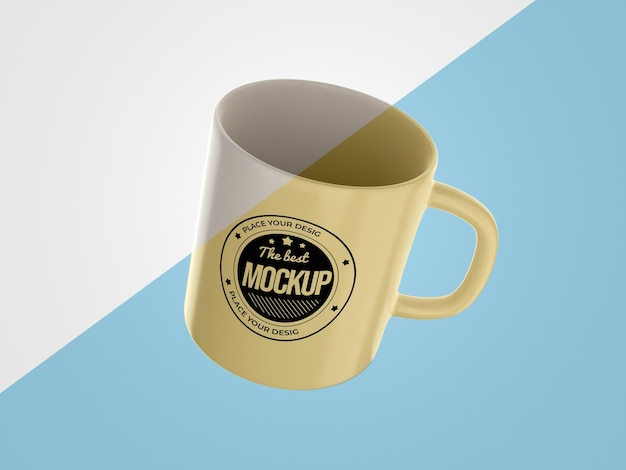Merce mock-up astratta con tazza