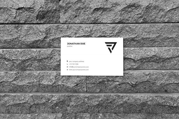 Mockup di biglietto da visita di pietra astratta