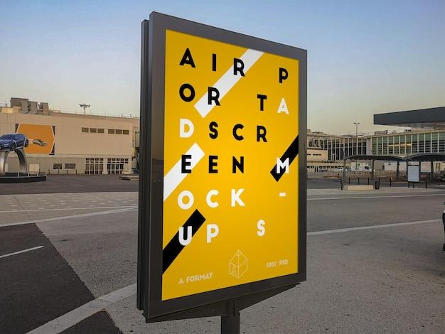 Mockup di tabellone per le affissioni di strada dell'aeroporto