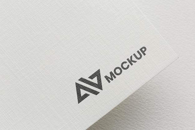 Accordo con il modello della carta del marchio aziendale
