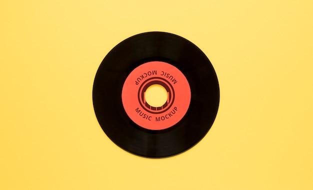 Allestimento con mock-up di dischi in vinile