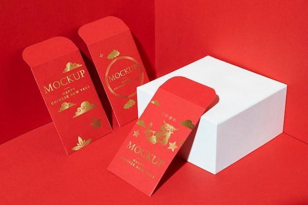 Assortimento di elementi di mock-up isometrici del nuovo anno cinese