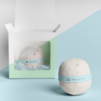 Assortimento con mock-up bombe da bagno
