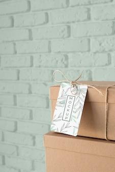 Assortimento con mock-up di etichette per scatole artigianali