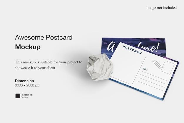Impressionante rendering di progettazione di mockup di cartoline