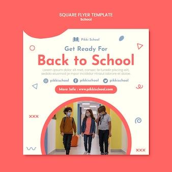 Modello di volantino quadrato di ritorno a scuola con foto