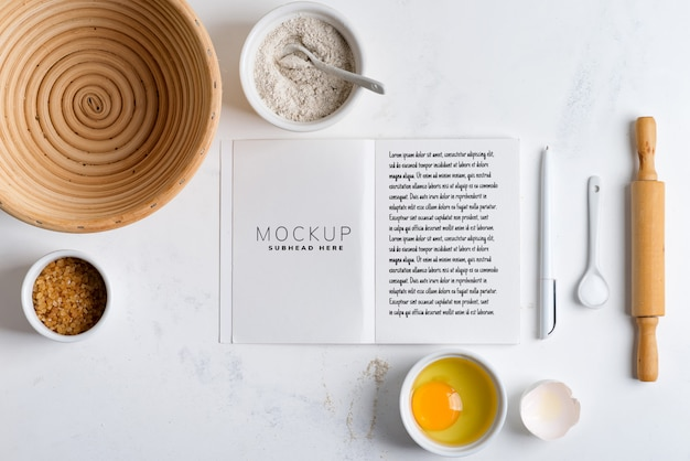 Ingredienti di cottura con ricettario mockup Psd Premium