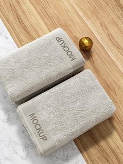 Modello di asciugamano da bagno