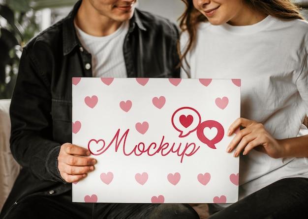 Bella coppia di san valentino mock-up