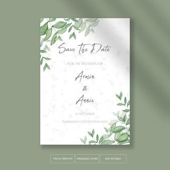 Bellissimo invito a nozze con decorazioni floreali foglie