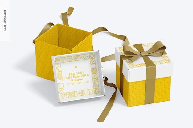 Scatole regalo cubo grande con nastro mockup, vista prospettica