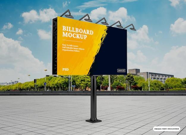 Modello di cartellone pubblicitario isolato
