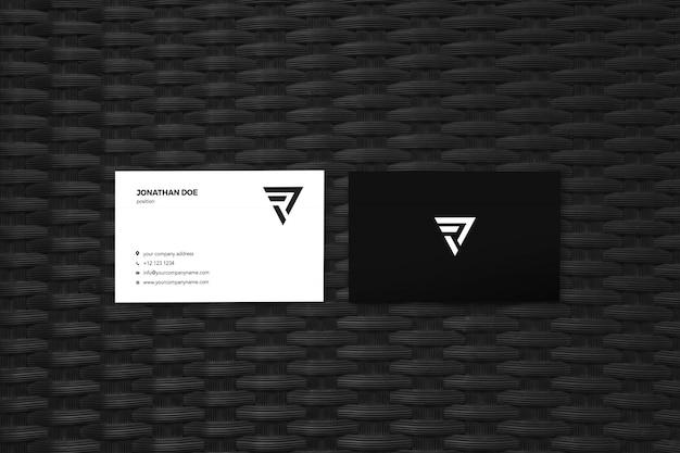 Modello nero due businesscard mockup