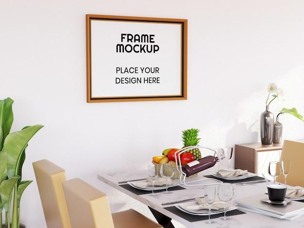 Blank photo frame mockup nella sala da pranzo Psd Premium