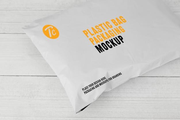 Mockup di imballaggio bianco sacchetto di plastica bianco