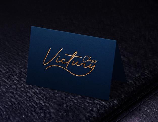 Mockup di logo biglietto da visita classico blu