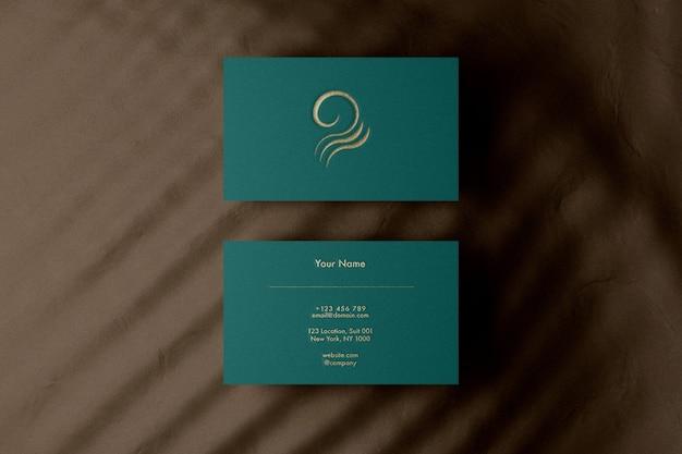 Logo in rilievo oro mockup biglietto da visita