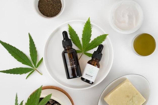 Mockup di bottiglia di olio di cannabis sativa