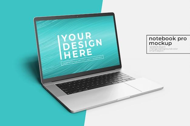 Mockup di photoshop pro da 15 pollici per notebook pro altamente modificabile altamente modificabile nella vista anteriore sinistra con sfondo