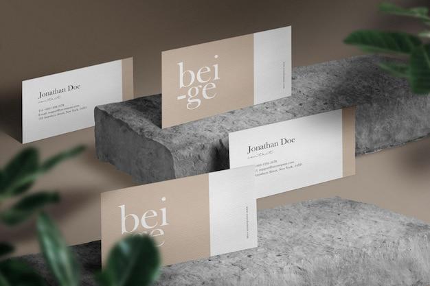 Pulisci il modello minimo di biglietto da visita su sfondo di blocchi di pietra.