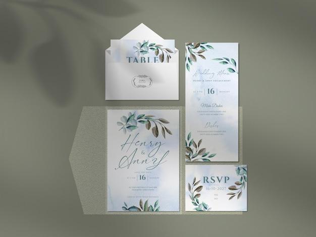 Mockup pulito con bellissimi disegni floreali per partecipazioni di nozze.
