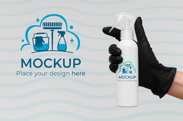 Prodotto per la pulizia con confezione mock-up