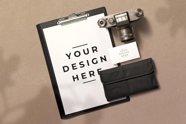 Appunti con mockup di decorazione della fotocamera Psd Premium