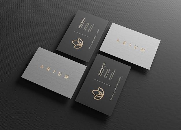 Primo piano sul mockup di biglietti da visita di lusso