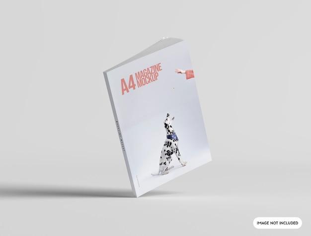 Primo piano sul mockup di copertina di una rivista