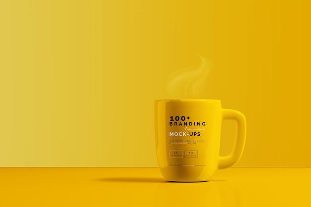 Primo piano sulla confezione della tazza mockup