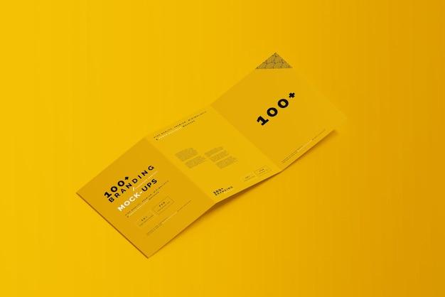 Primo piano sulla confezione di tri fold brochure mockup