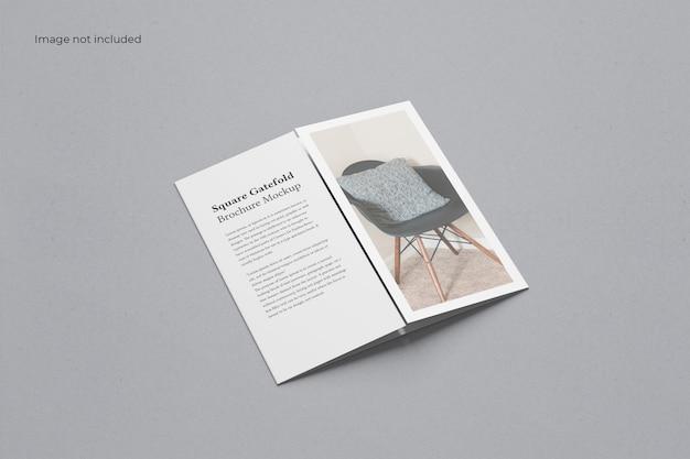 Brochure pieghevole a cancello quadrato chiuso mockup