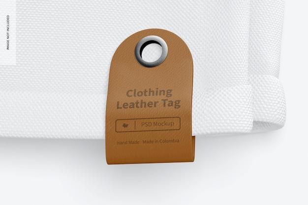 Mockup di etichette in pelle per abbigliamento 02