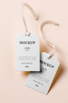 Abbigliamento mock-up di tag formato bianco