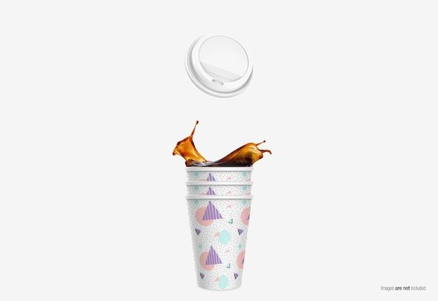 Mockup della tazza di carta del caffè nel rendering 3d isolato