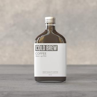 Mockup di bottiglia di caffè freddo