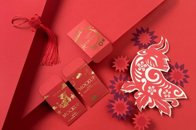Composizione di elementi di mock-up isometrici del nuovo anno cinese