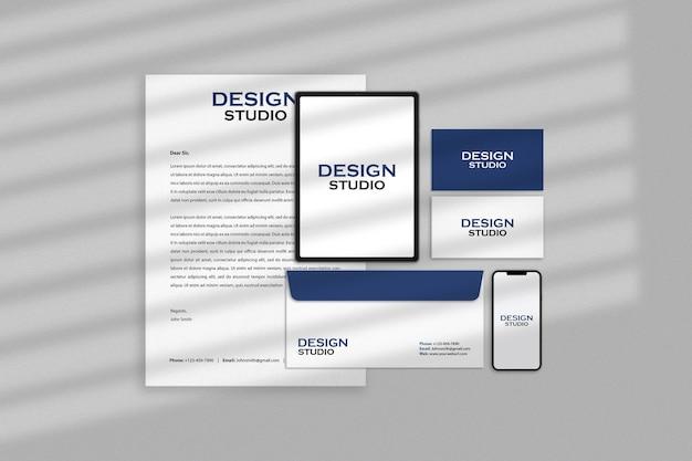 Design del mockup dell'identità del marchio aziendale