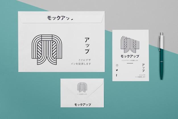 Mock-up di documenti aziendali giapponesi aziendali