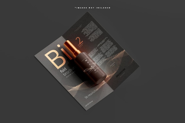 Mockup di flaconi cosmetici con brochure bifold