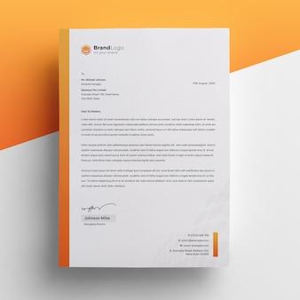 Modello di carta intestata aziendale creativo