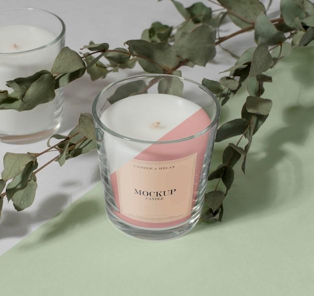 Composizione creativa della confezione di candele mock-up