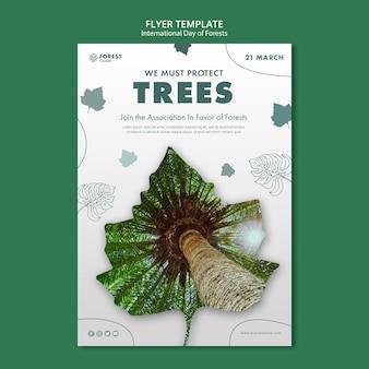 Modello di poster della giornata delle foreste creative