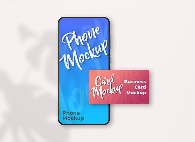 Smartphone creativo con mockup di biglietti da visita