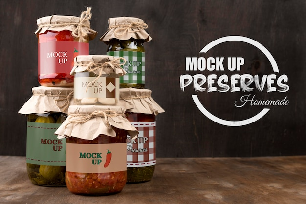 Mock-up di concetto di deliziose conserve fatte in casa